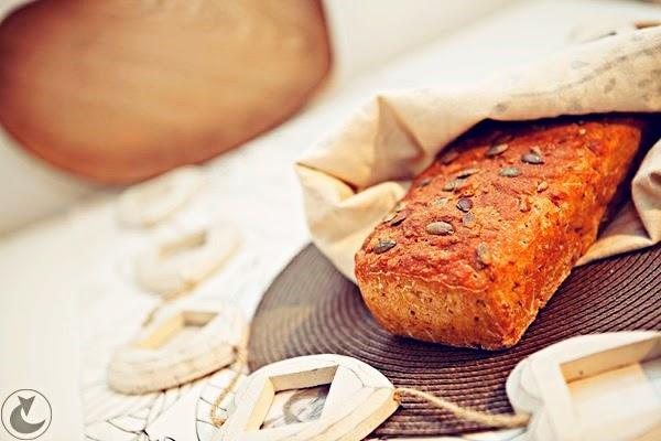 chleb pełnoziarnisty domowy - przepis