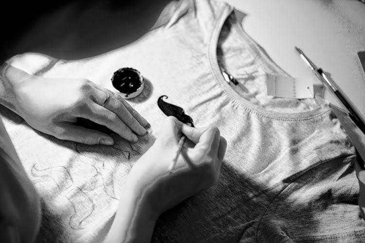 zrób sobie t-shirt, jak ozdobić koszulkę
