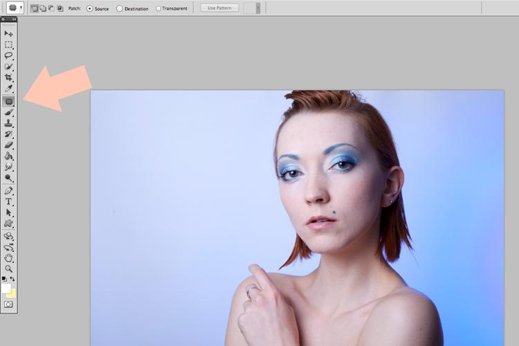 retusz skóry Photoshop łatka