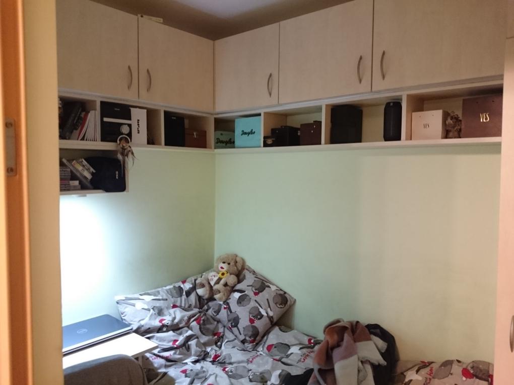 pokój bez okna jak urządzić