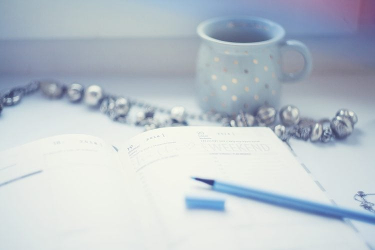 skąd brać popularne tematy na blog